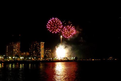 hilton-fireworks-show-daniel-ramirez-flickr